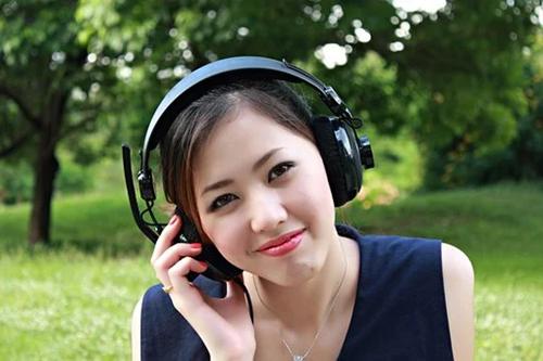 雅思听力是英语还是美语发音.png